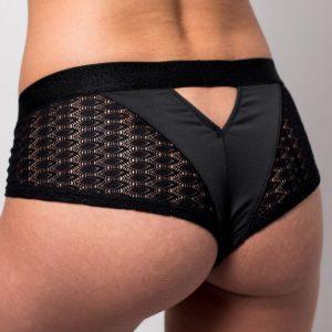 shorty string pour femme ajouré pour un effet sexy aux matières recyclées et fabrication française à lyon Sans Prétention
